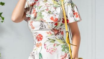 Rochie Alina ivory cu volane si imprimeu floral
