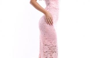 Rochie de seara lunga rosie cu aplicatii din broderie